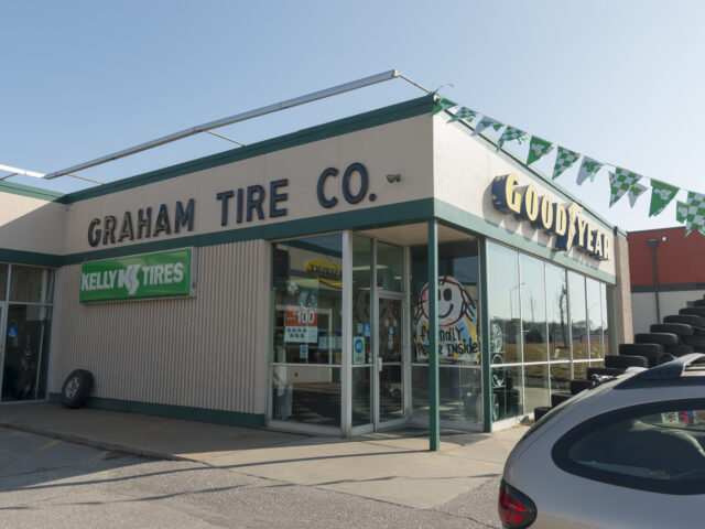 Quality Car AC Repair in Lincoln, NE | East